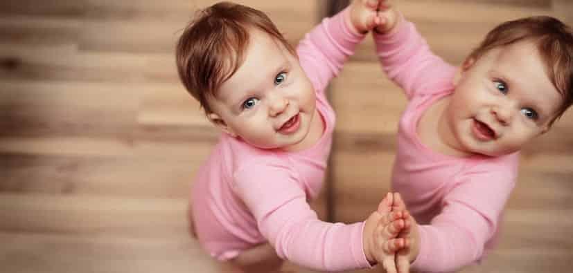 התפתחות השפה: גיל 3-18 חודשים | تطوّر اللغة: سن 3 حتى 18 شهرًا