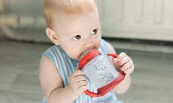 התפתחות תינוקות בגיל 9-10 חודשים | تطوّر الأطفال في سن 9-10 أشهر