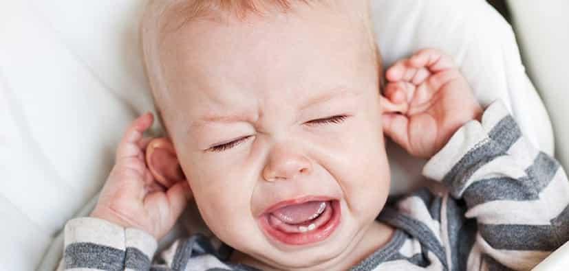 דלקת אוזניים- גורמים, תסמינים וטיפול | التهاب الأذنين- أسبابه، أعراضه، وعلاجه