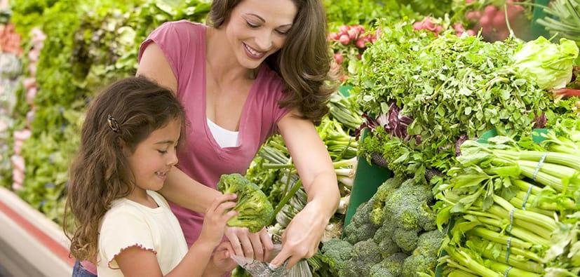 כיצד לבחור מזון בריא לילדכם | كيف تختارون الأطعمة الصحية لابنكم