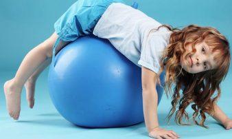 פעילות גופנית לילדים צעירים | النشاط الجسماني للأطفال الصغار