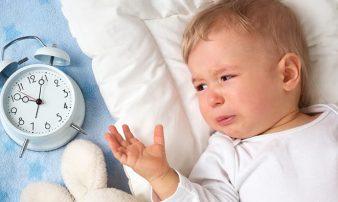 שינוי דפוסי השינה של התינוק והפעוט | كيف يمكن تغيير أنماط النوم لدى الأطفال