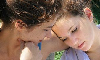כיצד לדבר על נושאים קשים בצורה נכונה | كيف يمكن التحدث عن مواضيع صعبة