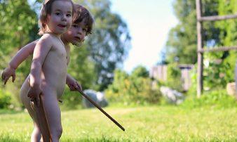 התנהגות מינית בילדוּת: פעוטות | السلوك الجنسي في سن الطفولة: الرُضّع