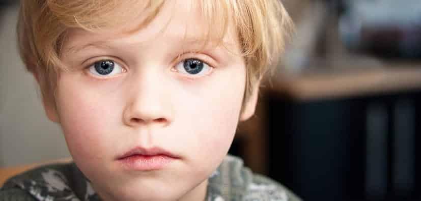 גמגום: גורמים, השפעות וכיצד לעזור? | التأتأة