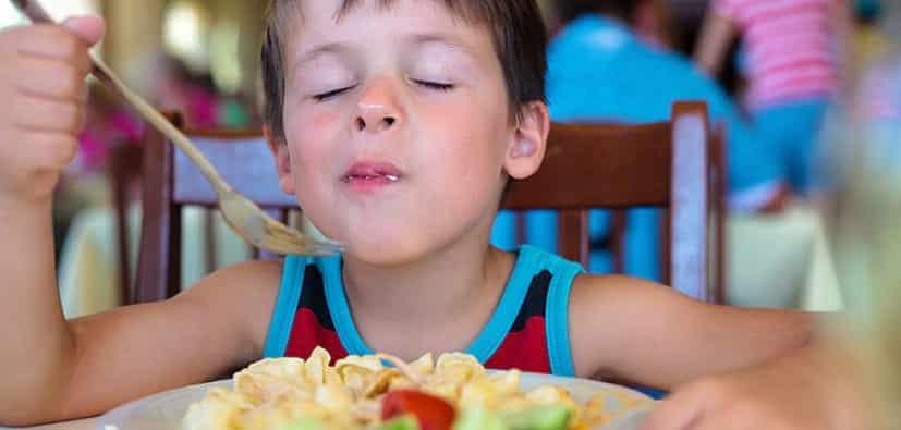 תזונה והרגלי אכילה בריאים לילדים | التغذية وعادات الأكل الصحيّة لدى الأولاد