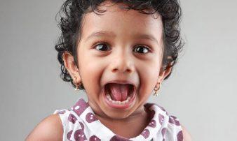 הבעת רגשות אצל פעוטות | التعبير عن المشاعر لدى الرُضَّع