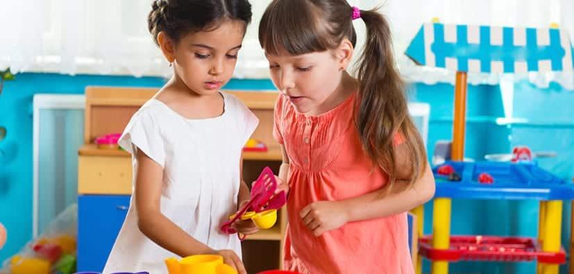 כיצד ילדי הגן מכירים חברים | كيف يتعرّف الأطفال في سن الروضة على الأصدقاء