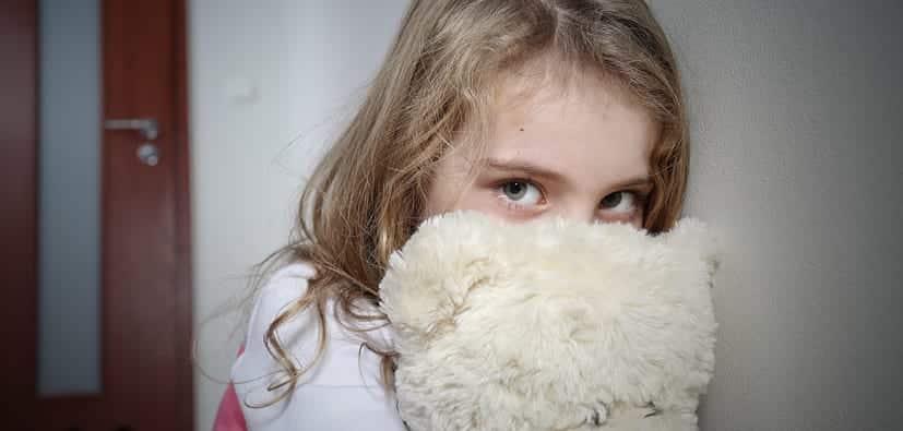 טראומה: סימנים ותגובה ראשונית לילדים | الصدمة: رد الفعل الأولي لدى الأولاد