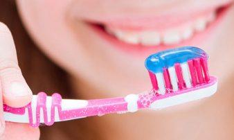 בעיות שיניים אצל ילדים בגיל בית הספר | مشاكل الأسنان لدى الأولاد في سن المدرسة
