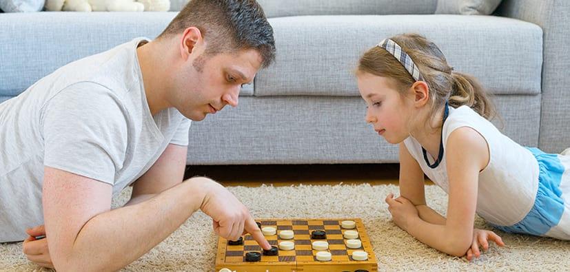 משחק אצל ילדים בגיל בית הספר | اللعب لدى الأولاد في سنّ المدرسة