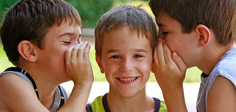 דיבור אצל ילדים בגיל בית הספר | تكلم الأولاد في سنّ المدرسة