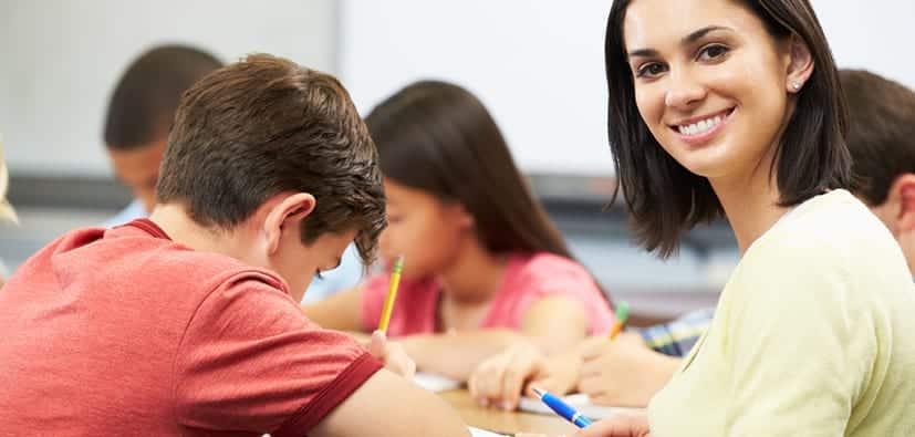 לבנות מערכת יחסים עם צוות בית הספר | بناء علاقات جيدة مع الطاقم التربوي