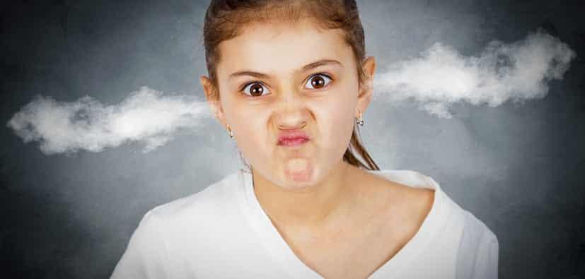 השלכות עישון פסיבי על ילדכם | التدخين غير المباشر والأولاد