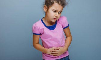 עצירות לילדים ותינוקות- גורמים ודרכי טיפול | الإمساك لدى الأولاد - العوامل وطرق العلاج