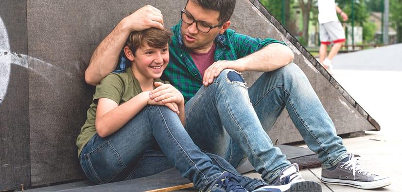 אבות ובני נוער: לשמור על הקשר | الآباء والشبّان: الحفاظ على العلاقة
