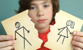 לעזור לבני נוער להסתגל לפרידה או גירושים | مساعدة الشبّان على التأقلم بعد الانفصال أو الطلاق