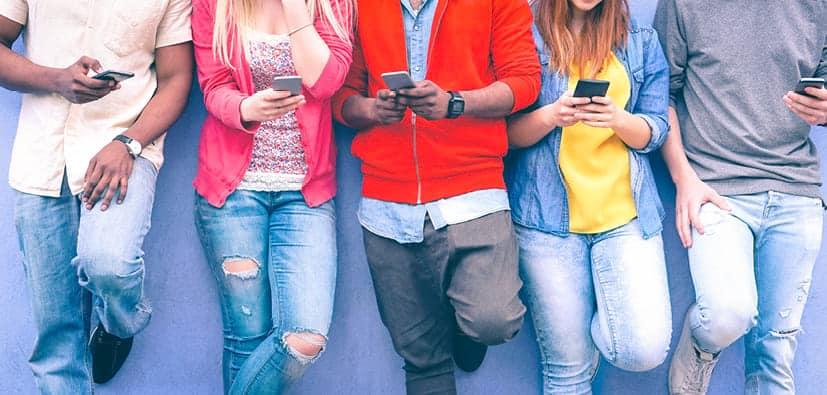 שימוש במדיה דיגיטלית: ילדים ובני נוער | استخدام الإعلام الرقمي: الأولاد والشبّان