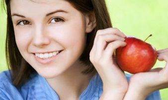 הרגלי אכילה נכונים לבני נוער | عادات الأكل الصحيحة لدى الشبّان