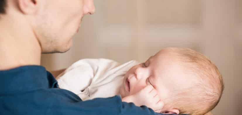 להפוך לאבא: איך להתמודד עם השינוי הגדול | أن تصبح أبا: كيف تواجه التغييرات الكبيرة
