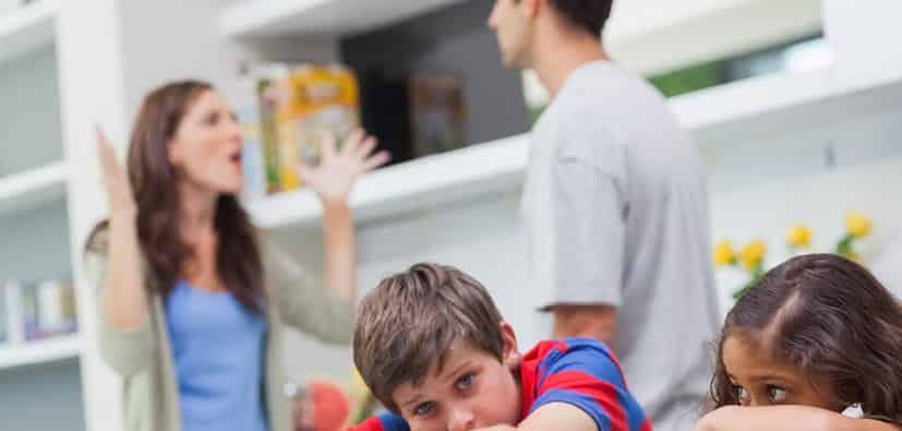 הורים: התמודדות עם עימותים | الوالِدون: مواجهة النزاعات