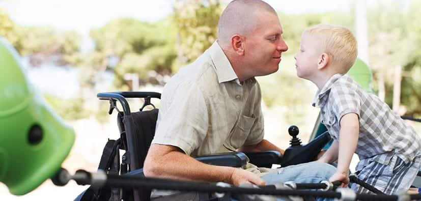 להיות הורים עם מוגבלות גופנית | أن تكونوا والدين ذوي إعاقة جسمانية