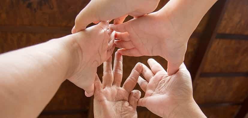 כיצד להתאים את הטקסים המשפחתיים | كيف تلائمون الطقوس العائلية