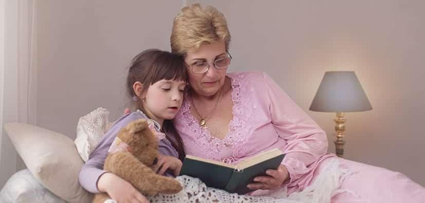 כשסבא וסבתא מטפלים בנכדים | عندما يعتني الأجداد بالأحفاد