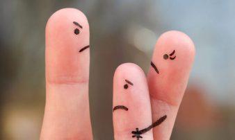 ניהול עימותים בין הורים ובני זוג לשעבר | التعامل مع النزاعات بين الوالدين المنفصلين